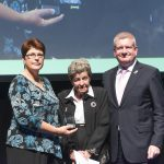 The-late-Lesley-Halls-mother-June-Hall-Bentick-and-sister-Annette-Rooke-accepting-the-PMs-Outstadning-achievement-award-on-behalf-of-the-belated-Lesley-Hall